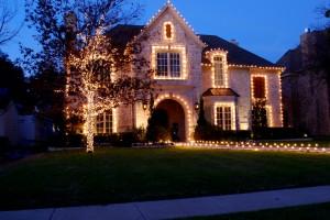 how to hang christmas lights - Redneck Christmas Lights
